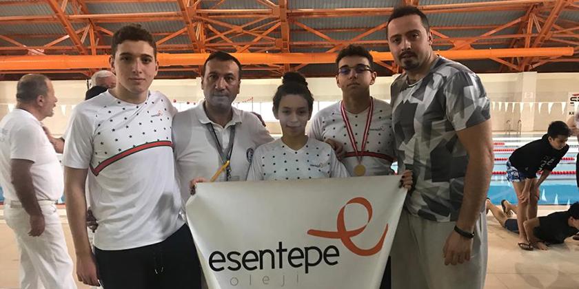Yüzme Yarışmasında 11 Madalya İle Bölge Şampiyonasına Hak Kazandık…